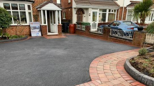 Tarmac Drive With Brick Edge